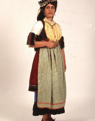 Φορεσιά Καραγκούνας