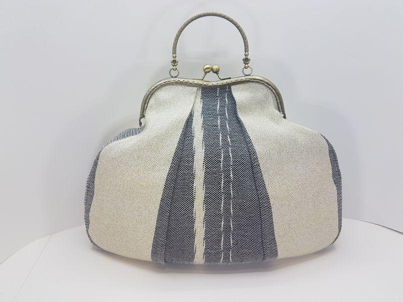 Υφαντή τσάντα χειρός με πλαίσιο