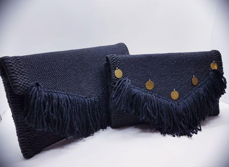 Τσάντα χειρός-φάκελος με επιπλέον διακόσμηση